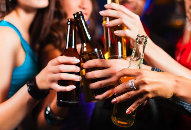 LA CANTIDAD SEGURA DE ALCOHOL QUE SE PUEDE BEBER SIN DAÑOS ES: CERO