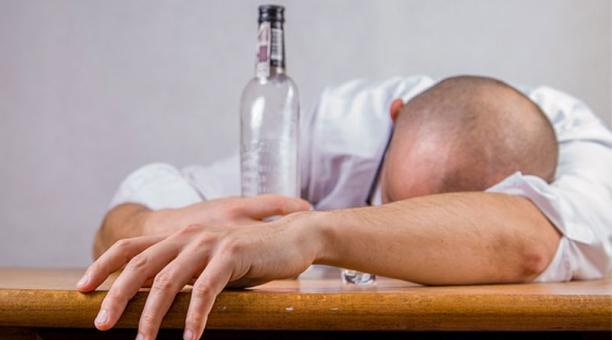 Mentiras Sobre Tomar Alcohol
