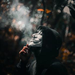 Los Fumadores Y Covid-19 – La Historia Hasta Ahora
